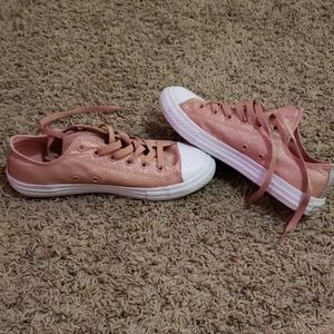 Pink Glittery Lowtop Converse